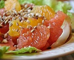 Салат из грейпфрута с медом