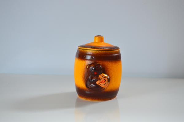 мед в бочонке